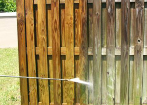 Pressure Fence Cleaning
